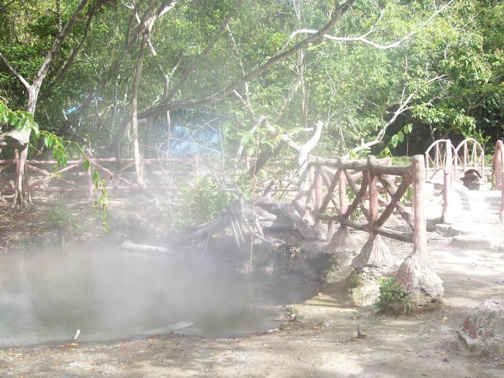 telaga air panas Rimbo Panti (1)