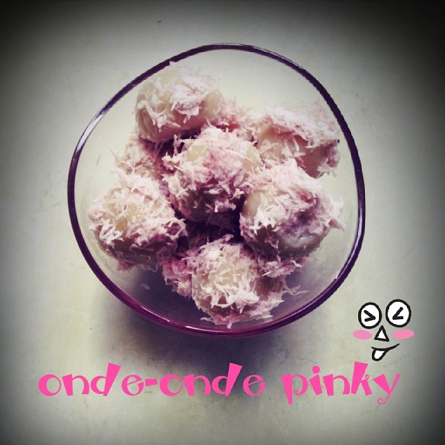 onde-onde pinky (muthe)