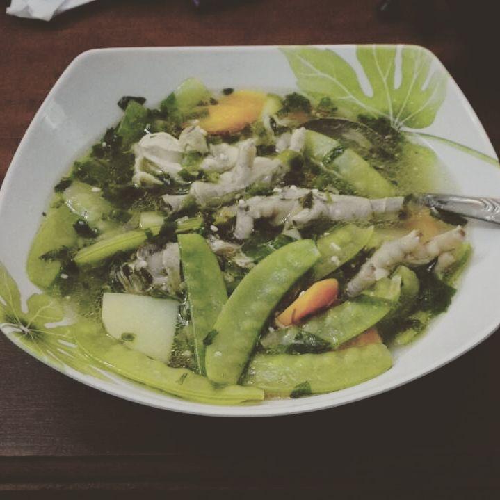sup ceker ayam (muthe)