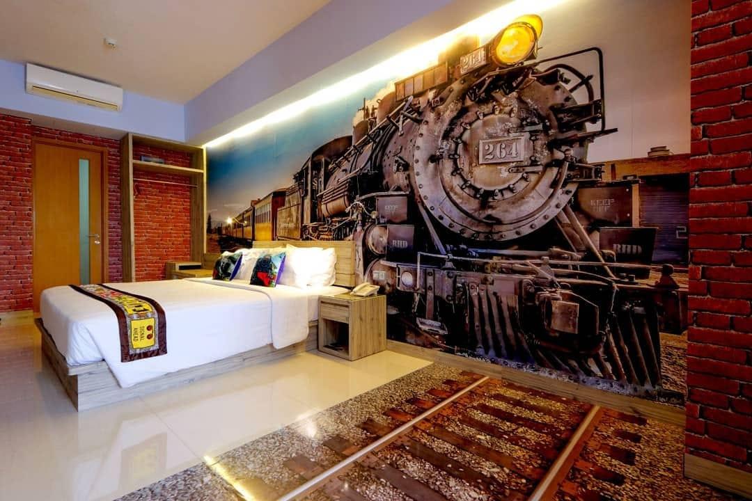 rhadana hotel